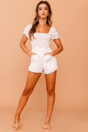 April Floral Playsuit // White | Countryweddingmovie.?id=25780387152041